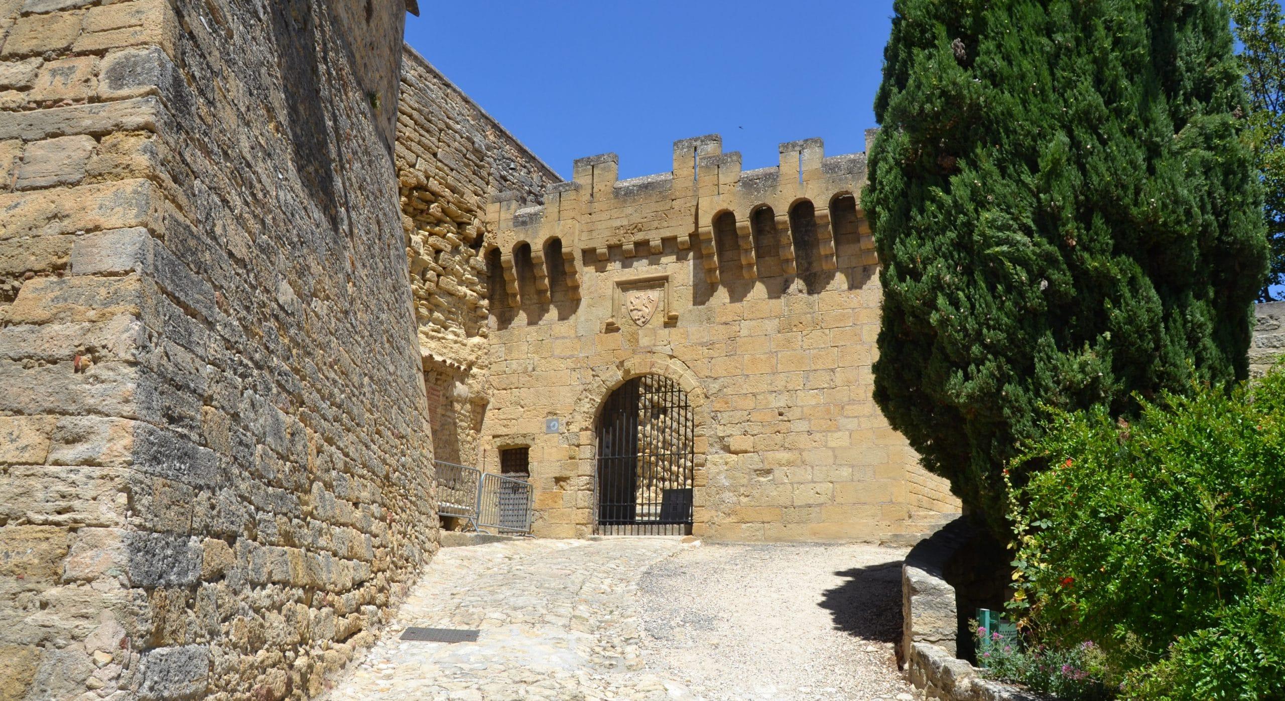Château d'Ansouis location voiture